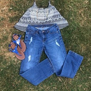 JAG Jeans relaxed boyfriend fit distressed size 2